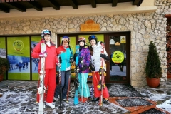 Scoala-de-ski-si-Centru-Inchirieri-Ski-si-Snowboard-din-Poiana-Brasov