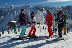 scoala-de-ski-si-perfectionare-cu-RJ-scoala-de-schi-din-statiunea-Poiana-Brasov