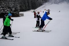 Adult-beginers-ski-lessons-on-Bradul-ski-slope-with-top-ski-instructor-from-RJ-ski-school