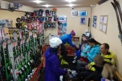 Brasov-ski-school-ski-rentals-with-RJ-ski-school