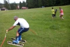 scoala-de-ski-schi-pe-iarba-cu-R&J-scoala-ski-poiana-brasov