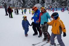 RJ-scoala-schi-si-snowboard-in-Poiana-Brasov