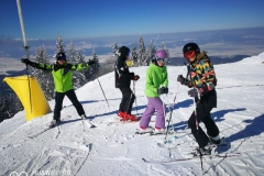 Ski-lessons-offered-by-RJ-Ski-School-Poiana-Brasov