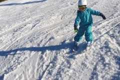 kids-ski-lessons-in-Poiana-Brasov-with-top-qualified-international-ski-instructor-ISIA
