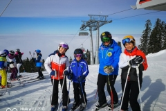 ski-lessons-group-in-Poiana-Brasov